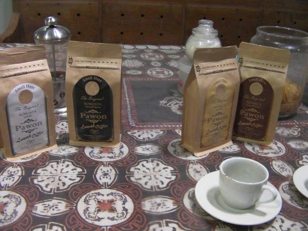ルワックコーヒーのお土産が買えます