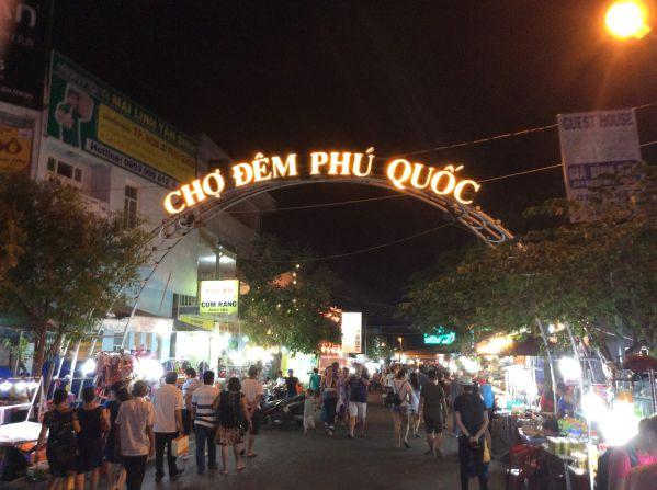 phuquoc-night-market1